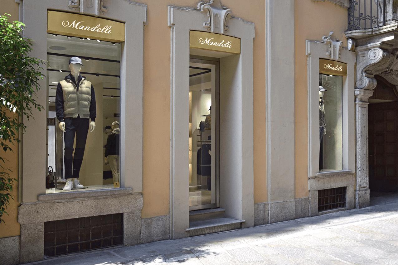 Mandelli Milano Via della Spiga